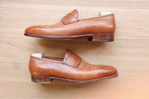プロ並みの仕上がり!革靴のコバのお手入れ方法を解説(動画付き)